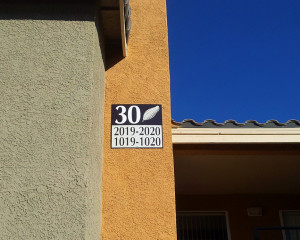 Palms_stairwell_signs (2)